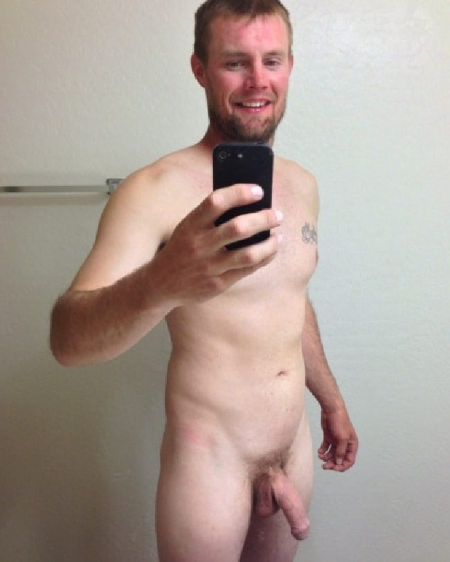 Nude Man With Soft Uncut Cock - Just Cock Pictures
